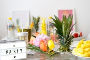 pineapple-spring-party-ideas