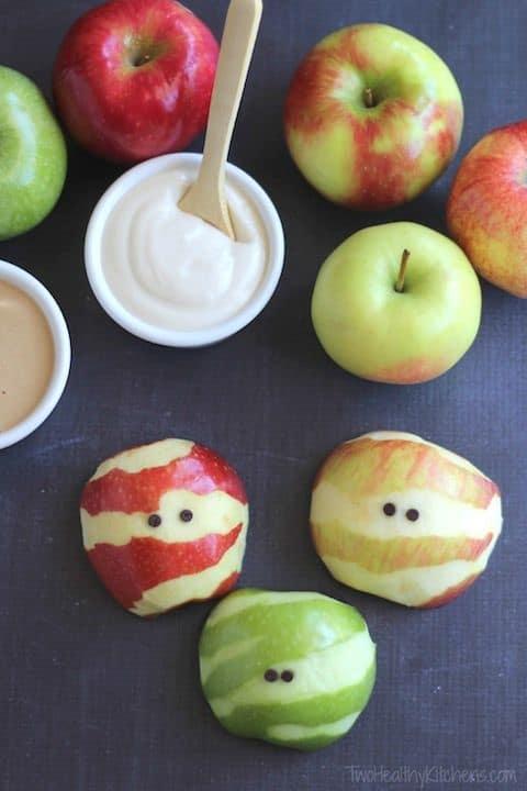mummy-apples