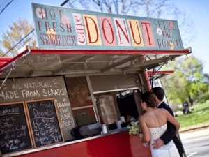 food-truck-wedding-reception-party-ideas