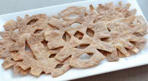 cinnamon cookie snowflakes