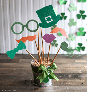 st patty photo booth props