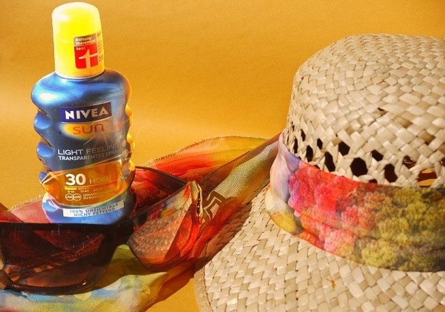 hat-and-sunscreen
