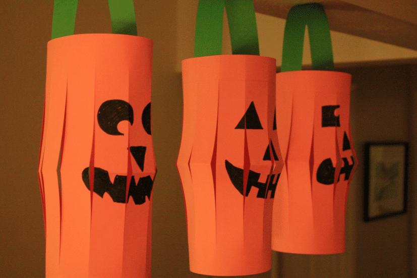paper jack-o-lanterns