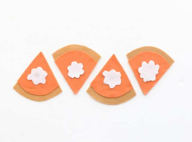 handmade felt tip pumpkin pie coasters craft