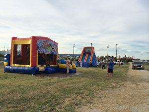 krum texas inflatable rental bounce house and dry slide party rental in the park