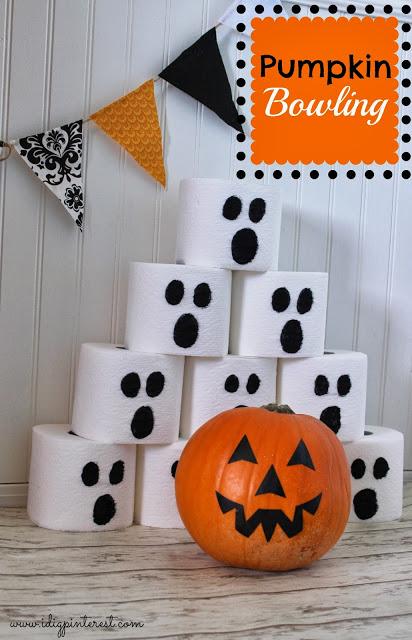 Halloween pumpkin bowling